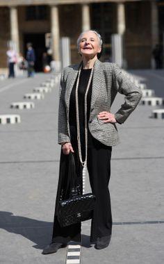 ADVANCED STYLE: Joyce in Paris