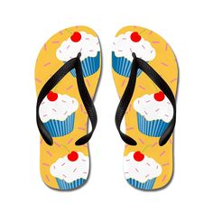 Nyou Cheey Cupcake Unisex Comfort Rubber Flip Flops Sandal Slipper * You can find more details by visiting the image link.