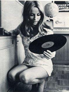 Dinah Willis Playboy 1965   Ramees - 17.8KB