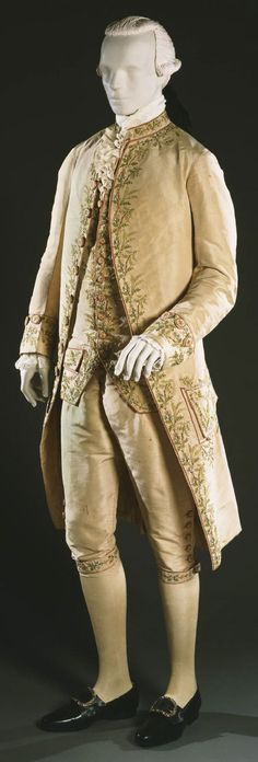 3-piece formal suit, France, c. 1775-1785. Ivory silk faille with floral embroidery in silk chain stitch and silk plain weave ribbon.