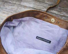 THE SATCHEL tan leather tote van scoutandcatalogue op Etsy