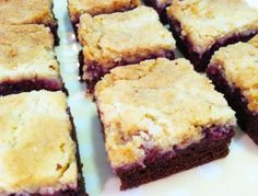 Chocolate Raspberry Crumb Bars | Caroline's Edible Creations
