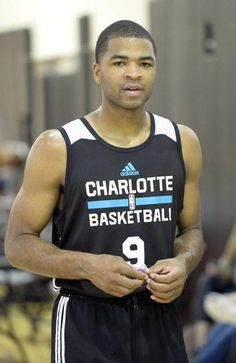 Aaron Harrison is a Charlotte Hornet.