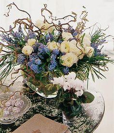 Widerstand zwecklos: Schon lauern die ersten frühlingshaften Verführer im Blumenladen und treffen sich in diesem Strauß wieder.
