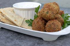 Denim Blog, Falafel, Meatless Monday, Grey Stripes, Vegetarian Recipes, Diet, Meals, Vegan, Healthy