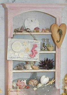 1:12th scale shelf - Miniature sea shells collection