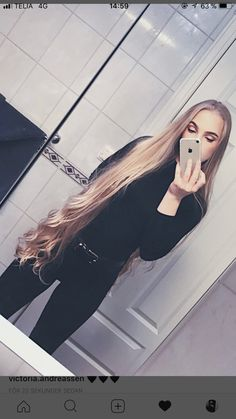 pics of girls with long hair. this blog is N,S.F.W. If you are under 18 Scram....