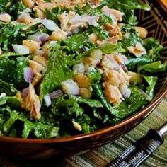Baby Kale, White Bean, and Tuna Salad with Lemon