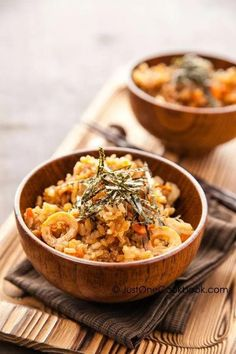 Takikomi Gohan is a Japanese rice dish seasoned with soy sauce. Depending on season, use different kinds of vegetable, meat, and mushrooms to make your own! #japanesericerecipe #goborecipe #misorecipe #japanesefood #takikomigohanrecipe | Easy Japanese Recipes at JustOneCookbook.com Vegetarian Barbecue, Vegetarian Cooking, Vegetarian Recipes, Healthy Recipes, Japanese Rice Dishes, Japanese Fried Rice, Japanese Food, Rice Noodle Recipes, Veggie Recipes