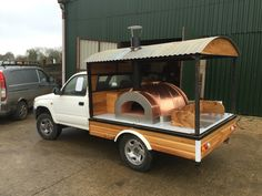 Working progress on my mobile pizza oven. Working progress on my mobile pizza oven. Brick Oven Pizza, Pizza Oven Outdoor, Outdoor Cooking, Wood Fired Oven, Wood Fired Pizza, Pizza Food Truck, Portable Pizza Oven, Clay Oven, Food Vans