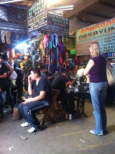 El Salvador - to repair shoes is another reason to visit Santa Tecla Market / suchitoto.tours@gmail.com