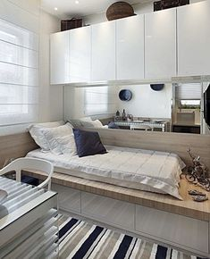 Small Bedroom Remodel Budget and How To Remodel Bedroom Furniture. Small Rooms, Small Apartments, Small Spaces, Home Bedroom, Bedroom Decor, Bedroom Furniture, Bedroom Ideas, Design Bedroom, Modern Bedroom