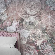 A super sparkly and feminine wall mural featuring an assortment of crystals in warm tones. Each wall mural is designed and scaled to your wall measurements so it works perfectly with your interior. Silver Platters, Wallpaper Please, Crystal Design, Wallpaper Decor, Treasure Boxes, Beautiful Wall, Designer Wallpaper, Wall Design, Room Inspiration