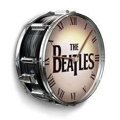 The Beatles Drum Clock - inspired by Ringo Starr's snare drum, the clock features the group's famous dropped-T logo as it first appeared on front of the iconic percussionist's Ludwig bass drum in 1963 and more famously on the Ed Sullivan Show in 1964 Pearl Drum Kit, Pearl Drums, Making Musical Instruments, Music Studio Room, Tabletop Clocks, Bradford Exchange, Snare Drum, Bass Drum, Audio