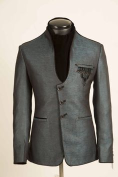 Shop online men s stylish green standup collar jodhpuri suit from the  designer NM clothing collection. a8214c4c3a