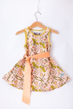 New collection out now /// girls dress 86-128 | Poutapukimo