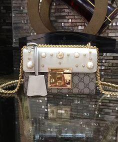 Gucci Padlock studded GG Supreme Shoulder Bag 432182