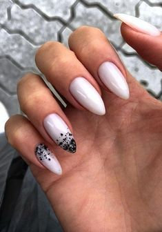 How to choose your fake nails? - My Nails Nude Nails, White Nails, Acrylic Nails, Perfect Nails, Gorgeous Nails, Milky Nails, Trendy Nails, Christmas Nails, Swag Nails