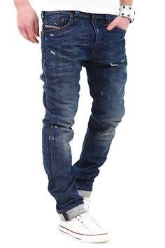 Diesel Jeans « Thavar » bleu Style 5 Poches – Jean Slim Thavar slim-skinny Washed Diesel Patch en cuir à la ceinture Tissu agréable taille normale matériaux et fabrication parlent d'eux-mêmes Marque: Diesel Modèle: Thavar couleur: bleu Wash: 0885S matière: 100% coton