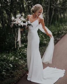 Mermaid Beach Wedding Dresses, Cheap Bridal Dresses, Cheap Wedding Dresses Online, Top Wedding Dresses, Boho Wedding Dress, Wedding Hair, Modest Wedding, Simple Elegant Wedding Dress, Elegant Dresses
