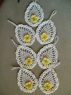 Szydełkowe czary-mary - Bogumila Piotrowska - Picasa Web Albums Thread Crochet, Crochet Motif, Crochet Designs, Crochet Doilies, Crochet Flowers, Easter Crochet Patterns, Lace Patterns, Crochet Snowman, Pineapple Crochet