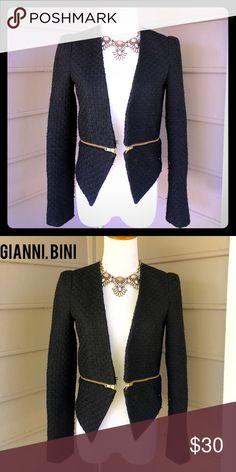 Gianni Bini asymmetrical blazer New! Tweed with gold zippers -size s. Love this on! Gianni Bini Jackets & Coats