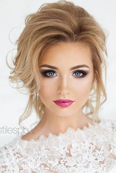 Magnificent Wedding Makeup Looks for Your Big Day Wedding Day Makeup / Bridal makeup beauty wedding Makeup Looks Blue Eyes, Wedding Makeup For Blue Eyes, Wedding Makeup Tips, Wedding Makeup Looks, Natural Wedding Makeup, Blue Eye Makeup, Natural Makeup, Wedding Beauty, Bridesmaid Makeup Blue Eyes