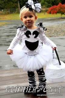 Glimmer And Grit: DIY No-Sew Girly Ghost Costume Tutorial