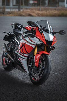 Ducati Motorbike, Motorcross Bike, Yamaha Motorcycles, Yamaha Yzf R6, Gp Moto, Moto Bike, Motorcycle Bike, Moto Wallpapers, Motogp Valentino Rossi