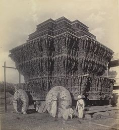 RATHAM - SRI VILLI PUTTHUR (Tamil Nadu )  -  Tahun  (via MHDM Labu Arulnilayam)  Temple cars are chariots used to carry representations of Hindu gods. The car is usually used on festival days called Ther Thiruvizha (தேர் திருவிழா) usually happens once in a year, where many people gathered around the temple and pull the cart. Thiruvarur, Srivilliputhur, Tirunelveli in Tamil Nadu and Puri, in Odisha, host some of the largest annual temple car festivals. via