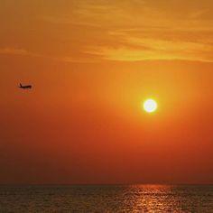 """Nulla può descrivere meglio #Cinisi che l'appellativo di """"Porta della Sicilia"""". Giusto il tempo di atterrare e ti sentirai parte di una bellezza che pochi altri posti al mondo riescono a trasmettere. #Sicilia #Tourism"""