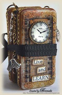 Altered Domino Mini by Brenda Brown Domino Crafts, Domino Art, Altered Book Art, Altered Tins, Mini Albums, Scrapbook Expo, Scrapbook Cover, Domino Jewelry, Book Libros