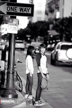 with ssinz when they visited LA to film the Heirs
