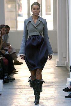 Balenciaga Fall 2004 Ready-to-Wear Collection Photos - Vogue