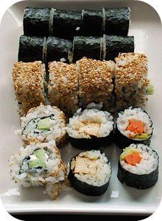 Es ist soweit. ENDLICH! Endlich habe ich es geschafft, Sushi selber zu machen. Ihr denkt jetzt vielleicht, das sei ja soweit nich...