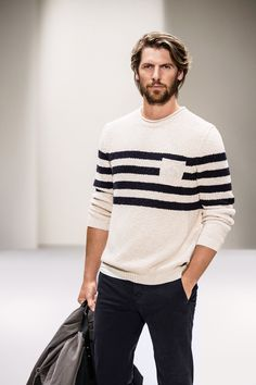 Simple one - Modern clothing with an urban attitude. A typically Scandinavian sense of restraint. Sportive with a casual, Bohemian touch. «Natural High« for Women, «Natural Explorer« for Men: it's the new Marc O'Polo Spring/Summer 2016 collection. New favorites?