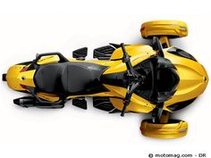 Can-Am Spyder 1000 ST Après le Spyder RS, premier modèle de la lignée de ces étonnants 3-roues initiée en 2007, puis le RT, la version grand-tourisme arrivée en 2010, BRP nous propose le ST, une nouveauté qui se place pile poil entre les deux. Et fait mouche comme bon compromis confort/plaisir. Lire l'article http://www.motomag.com/Can-Am-Spyder-1000-ST.html #Moto Magazine #Motomag #Moto Mag