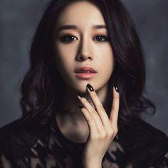 🌻 GODDESS @JIYEON2__👰💕 Guys go vote for jiyeon to be on Hit the stage💃 Link in my bio, Do vote pls🙇 ➖ #Jiyeon #Parkjiyeon #Kpop #T_ara ¬ 🐤
