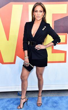 Jennifer Lopez Photos - Actress/singer Jennifer Lopez attends The 2015 MTV Movie Awards at Nokia Theatre L. Live on April 2015 in Los Angeles, California. - The 2015 MTV Movie Awards - Red Carpet Mtv Movie Awards, Music Awards, Jennifer Lopez Fotos, Jennifer Lopez Red Carpet, Celebrity Red Carpet, Celebrity Style, Giuseppe Zanotti Heels, Versus Versace, Red Carpet Looks