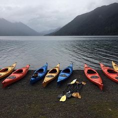 Kayak #rainbow! Beauty  by @kalynnrose_ from Lake Crescent in…