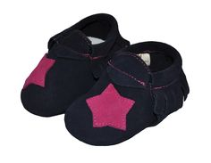 Check our new design for Liv & Leo Baby soft sole shoes tassel moccasins. Just $16.98 as intoductory price! Perfect gift for a baby shower. Comes with super cute Liv & Leo signature cotton string bag. Get it here! http://www.amazon.com/dp/B01BO2GRA4 baby moccasins, baby girl dress shoes, baby shoes, baby tassel bootie, baby moccasins bootie, baby girls soft sole shoes, baby crib shoes
