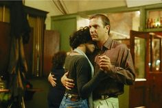 """Whitney Houston and Kevin Costner in """"The Bodyguard."""" HANDOUT / REUTERS ~ Great Movie Kisses"""