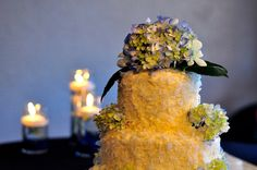 Stupendous Useful Tips: Cheap Wedding Flowers Bridal Musings wedding flowers tulips floating candles. September Wedding Flowers, Country Wedding Flowers, Romantic Wedding Flowers, Neutral Wedding Flowers, Wedding Cake Fresh Flowers, Wedding Flower Inspiration, Wedding Cakes, October Wedding, Cake Toppers
