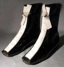 1966 André Courrèges-influenced boots made in Britain