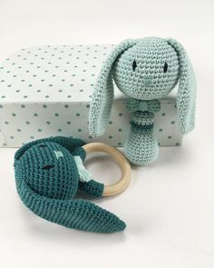 "424 Likes, 10 Comments - Maria Linderod Bülow (@maria_linderodbulow) on Instagram: ""Teething ring + rattle Pattern @kreadeluxe #hækling #kreadeluxe #crochet #crochetaddict…"""