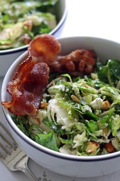 Brussels sprouts kale salad recipe with bacon, almonds, blue cheese and a lemon garlic vinaigrette dressing. Lunch is served! | honeyandbirch.com