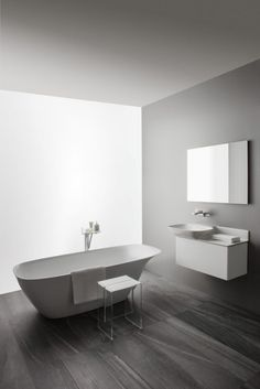 Laufen shows bathroom collections made of SaphirKeramik - Konstantin Grcic and Toan Nguyen at ISH 2015 Modern Bathtub, Modern Bathroom, Master Bathroom, Bad Inspiration, Bathroom Inspiration, Bathroom Ideas, Bathroom Trends, Cheap Shower Doors, Luxury Shower