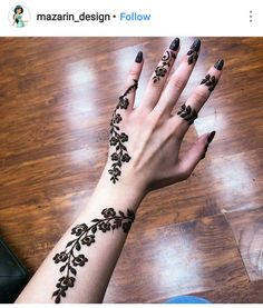 Floral Latest Mehndi Designs 2019 For Hands, There is the growing trend of mehndi designs, also known as henna tattoo designs which is now the main element for women. Mehndi Designs Finger, Henna Tattoo Designs Simple, Arabic Henna Designs, Mehndi Designs 2018, Mehndi Designs For Fingers, Beautiful Henna Designs, Unique Mehndi Designs, Rose Mehndi Designs, Beautiful Mehndi