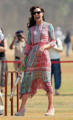 Kate Middleton dressed to the nines during the royal tour of India and Bhutan. Her 5 stunning looks, here: