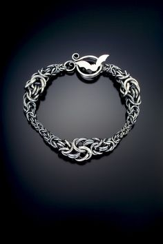 chainmaille spine | #chainmaille #jewelry-making